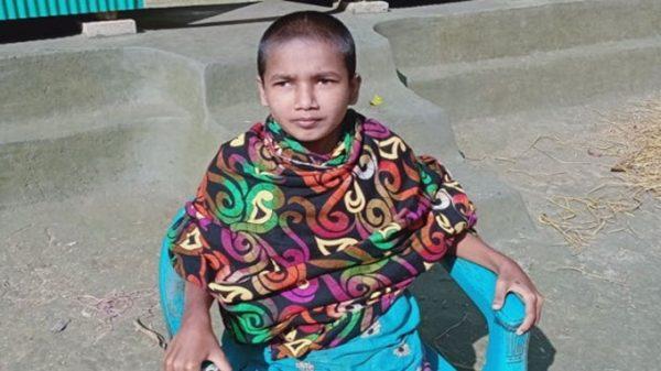 ভোলায় কার্ড পাওয়ার চার বছর পার হলেও ভাতা পাচ্ছেনা প্রতিবন্ধী কিশোরী