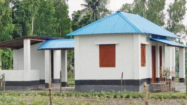 পটুয়াখালী রাঙ্গাবালীতে ঘর বিতরণের অনিয়ম