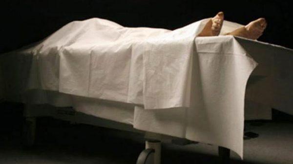 বরিশালের চরমোনাইয়ে পলিথিনে মোড়ানো যুবকের লাশ