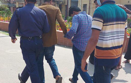 বানারীপাড়ায় প্যানেল মেয়র আকবর সরদার জেলহাজতে