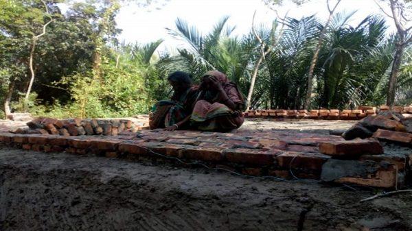 বরগুনায় প্রধানমন্ত্রীর উপহারের ঘর নির্মাণে অনিয়ম,তদন্ত কমিটি গঠন