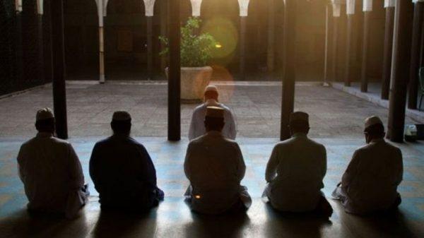 করোনা: তারাবি ও মসজিদে জামাত নিয়ে ধর্ম মন্ত্রণালয়ের নির্দেশনা