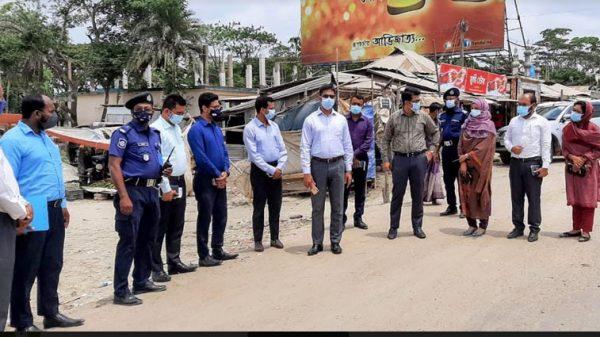 পটুয়াখালীতে স্বাস্থবিধি না মানায় লাখ টাকা জরিমানা