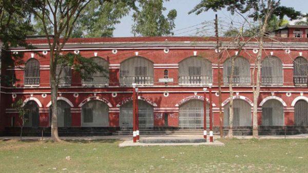 বরিশাল বিএম কলেজ শিক্ষার্থীদের আন্দোলন প্রত্যাহার